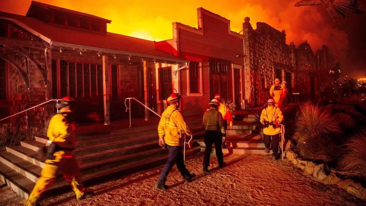 Las compañías eléctricas y los incendios de California